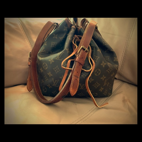 Louis Vuitton Handbags - Vintage LV Louis Vuitton Petite Noe Monogram Bag